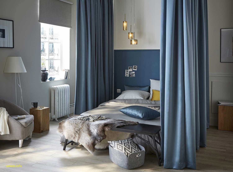 Балдахин над кроватью голубой