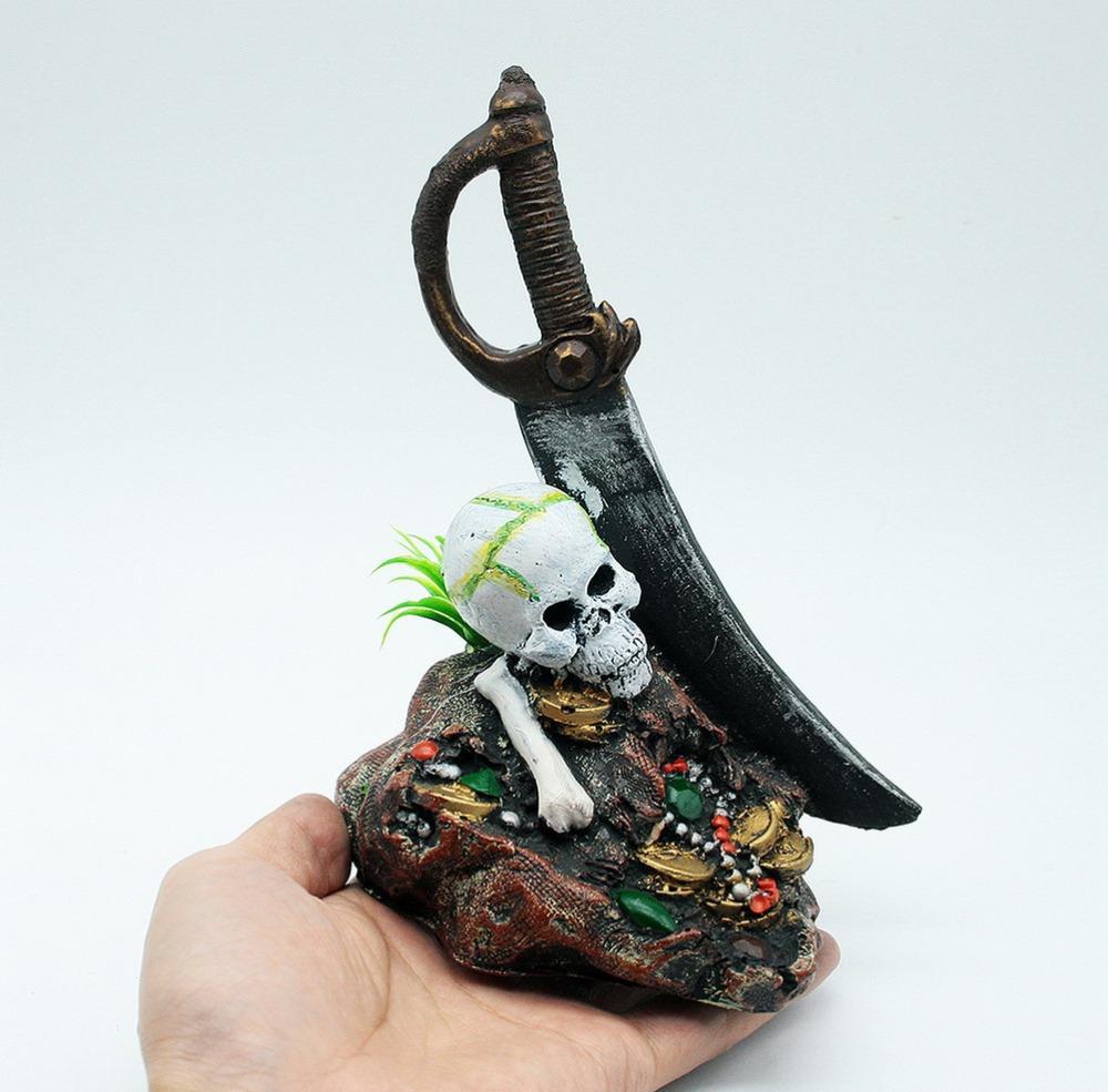 Декор аквариума в пиратской тематике