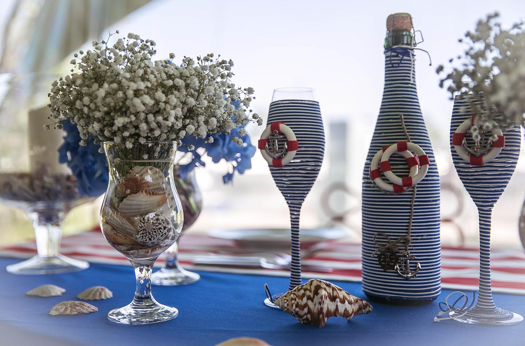 Декор бутылок в морском стиле