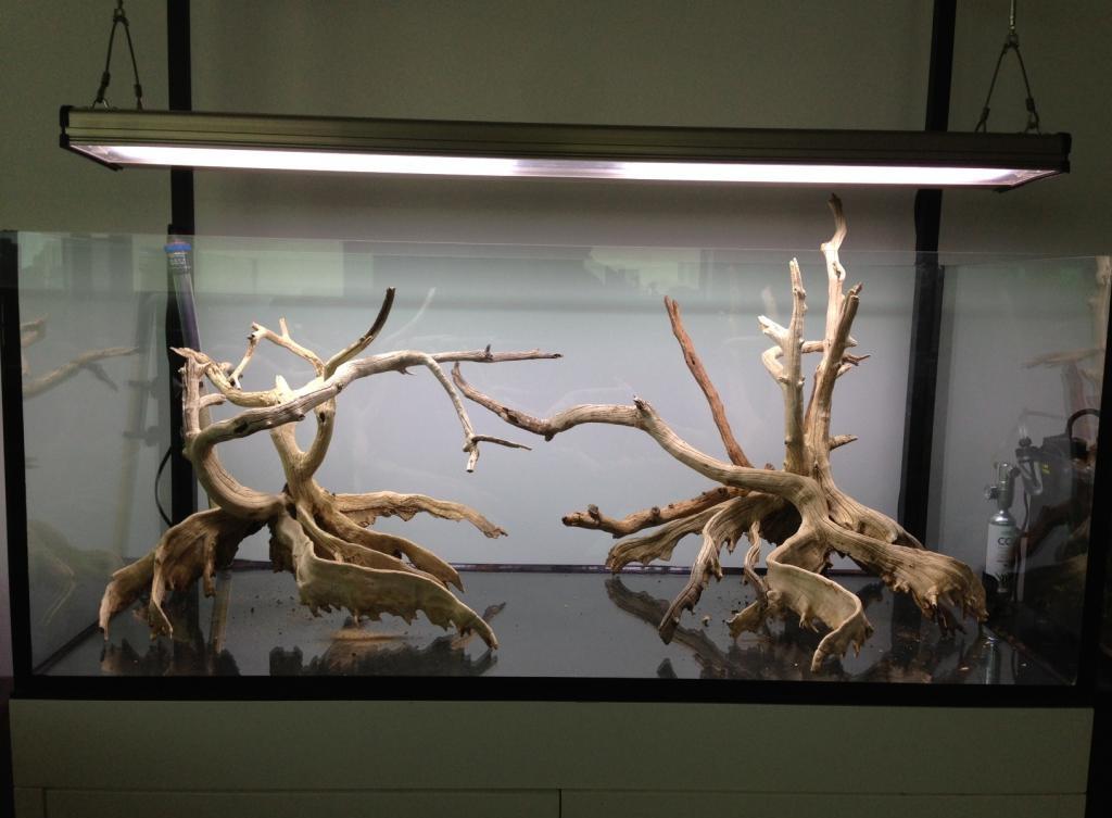 Декор для аквариума деревянный