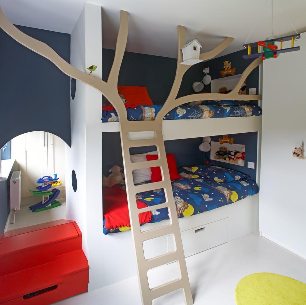 Дизайн детской комнаты для двух мальчиков с нишей