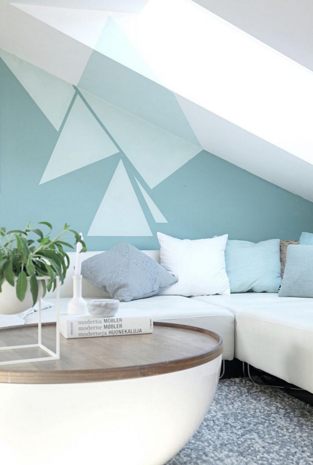 Голубая гостиная на мансарде