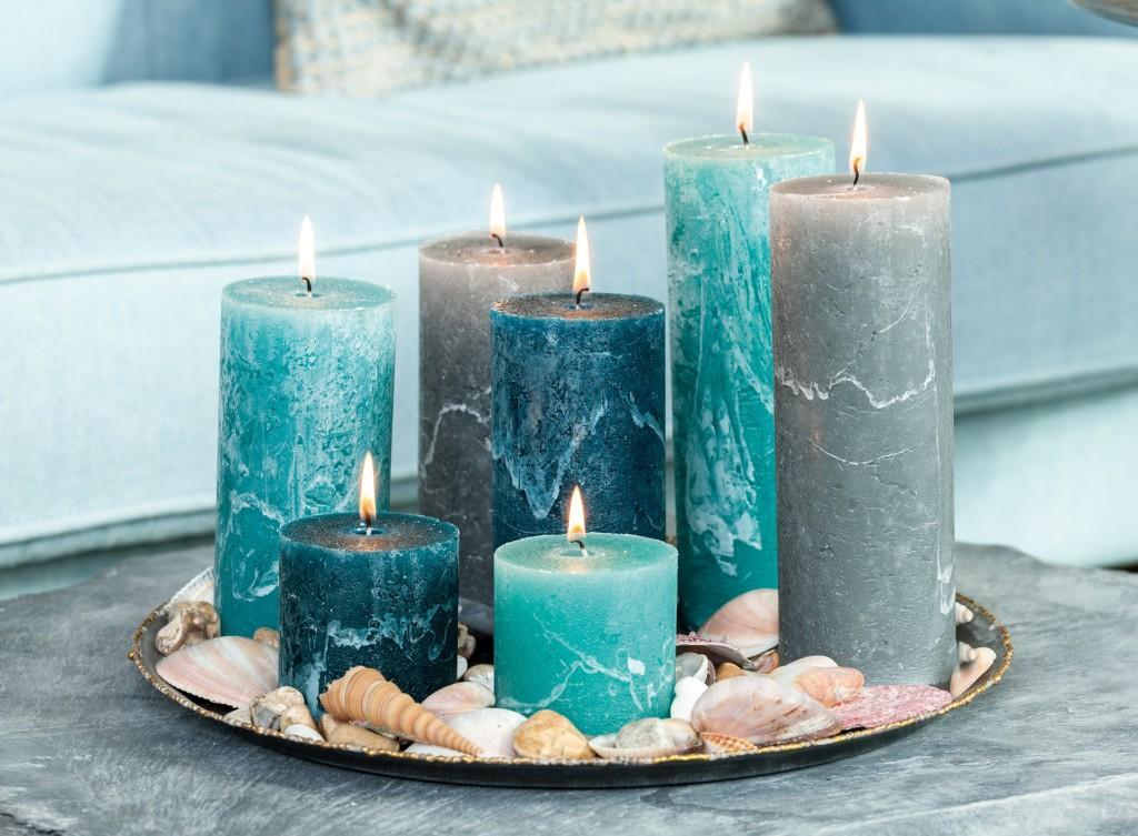 Бирюзовые свечи в интерьере