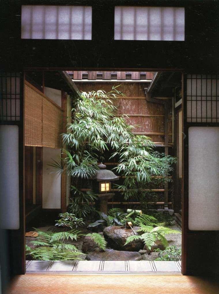 Двор в японском стиле