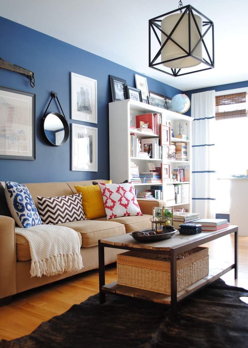 Голубая гостиная в стиле кантри