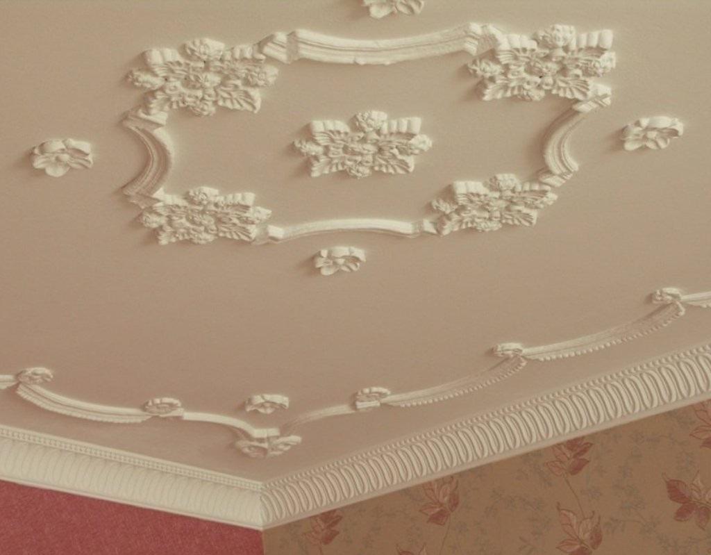 Потолочный декор из пенопласта
