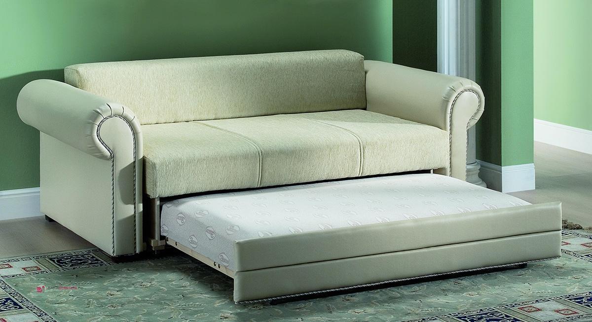 Выкатной диван цвета слоновой кости