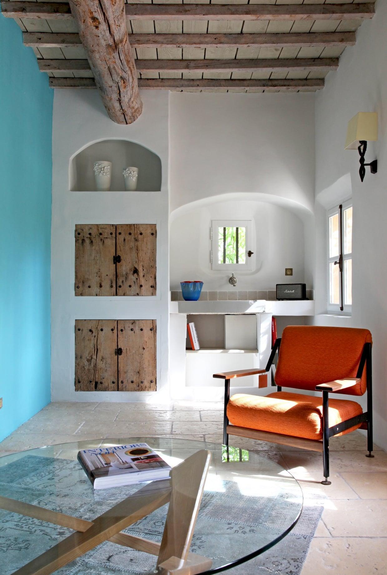 Голубая гостиная в средиземноморском стиле