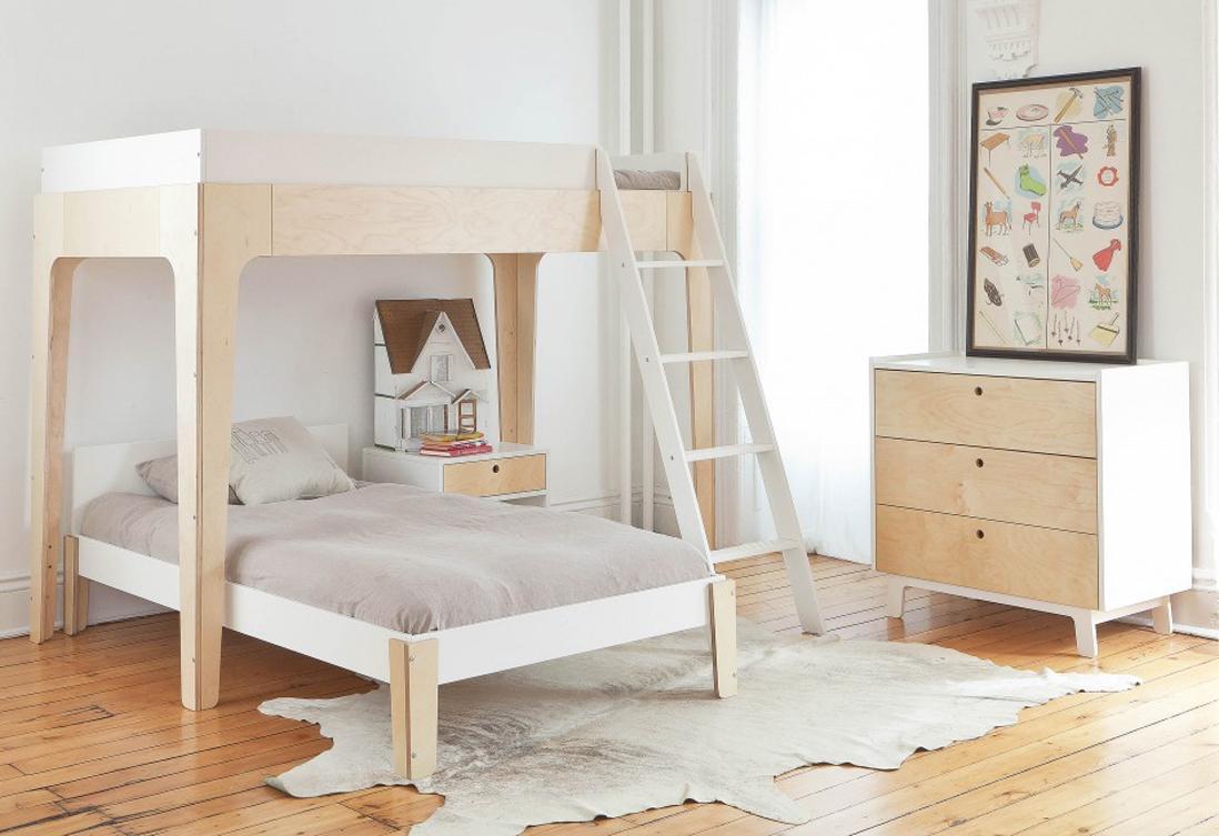 Дизайн детской комнаты для двух мальчиков с кроватью из фанеры