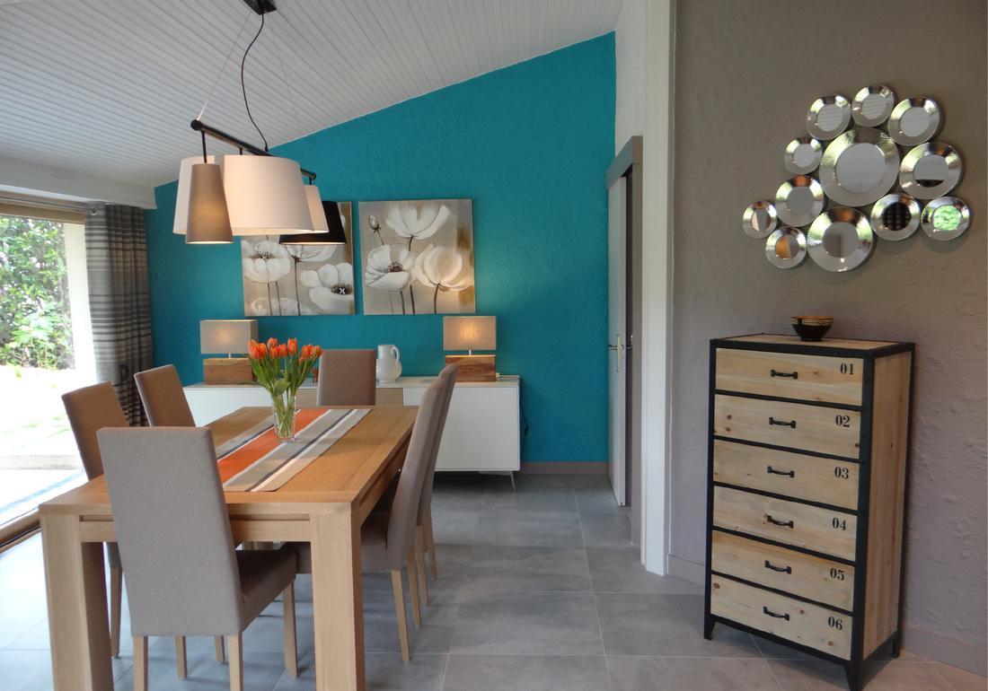 Голубая гостиная в доме
