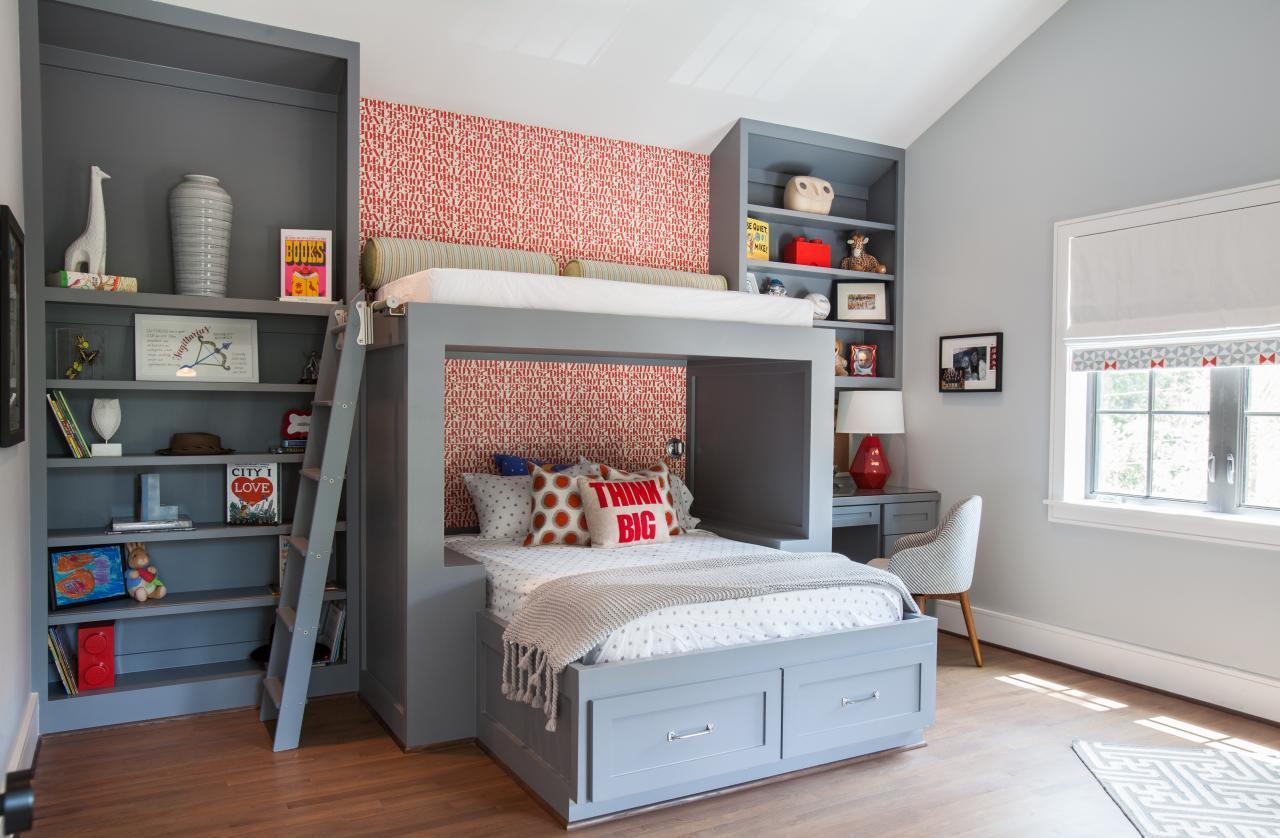 Дизайн детской комнаты для двух мальчиков с обоями