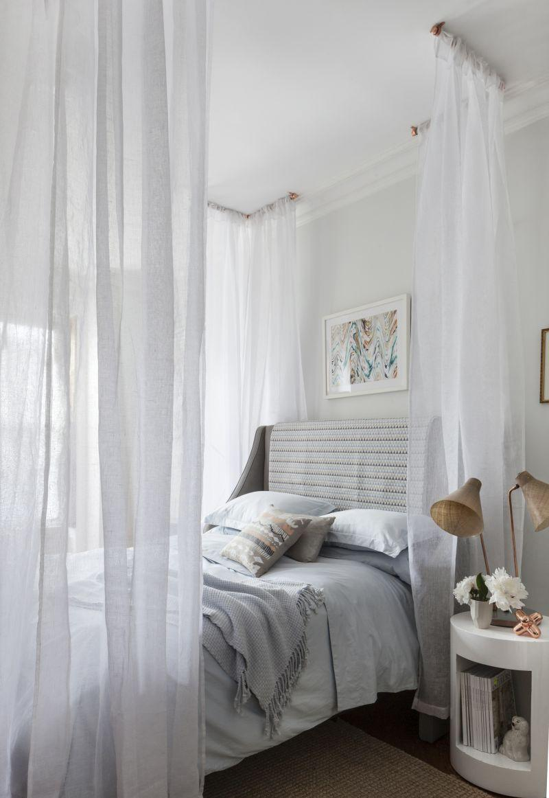 Балдахин над кроватью потолочный