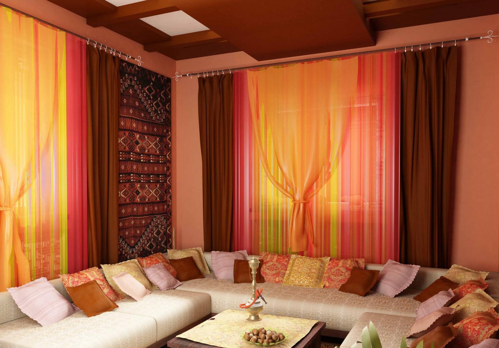 Гостиная в теплых тонах в восточном стиле