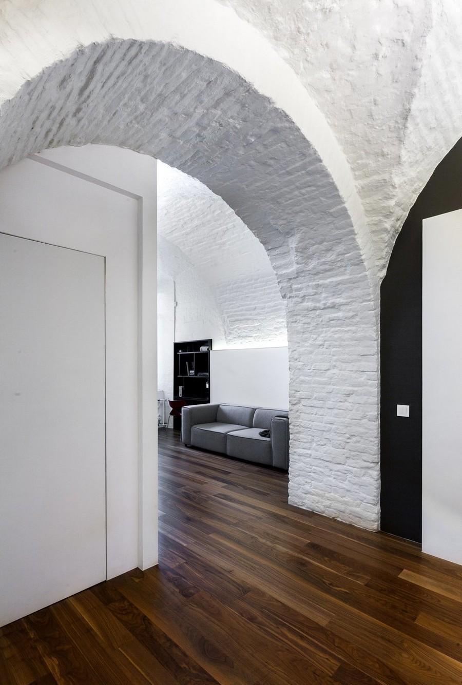 Дизайн коридора с аркой лофт