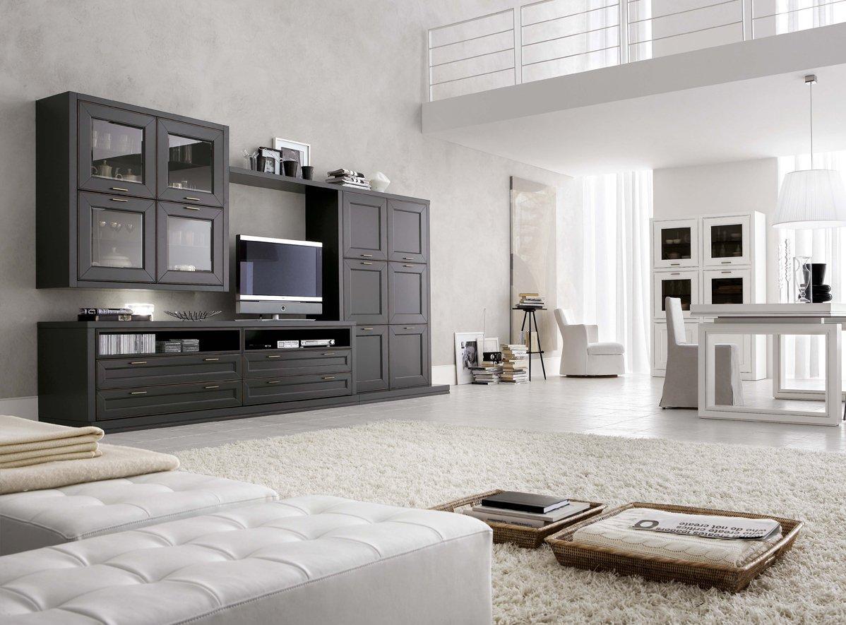 Черная стенка в большой белой гостиной