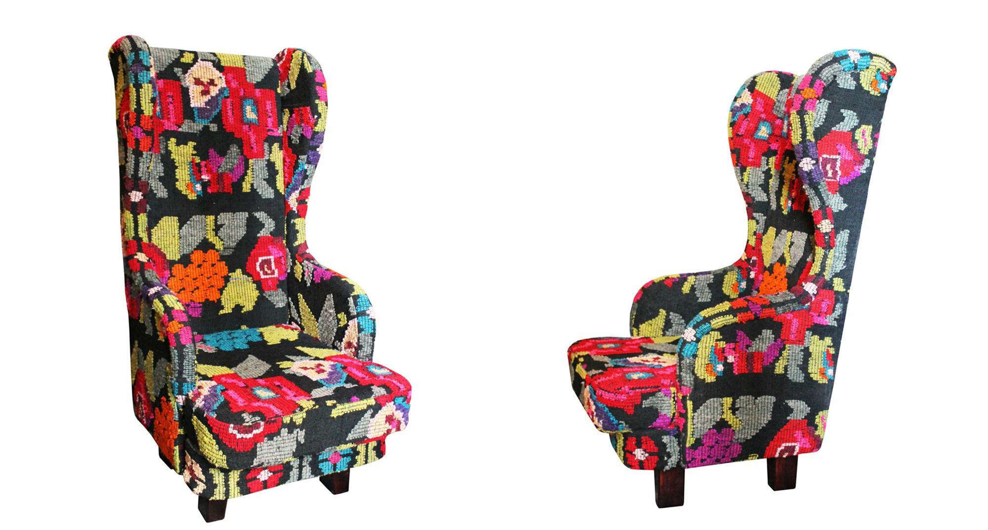 Яркое кресло в бохо стиле