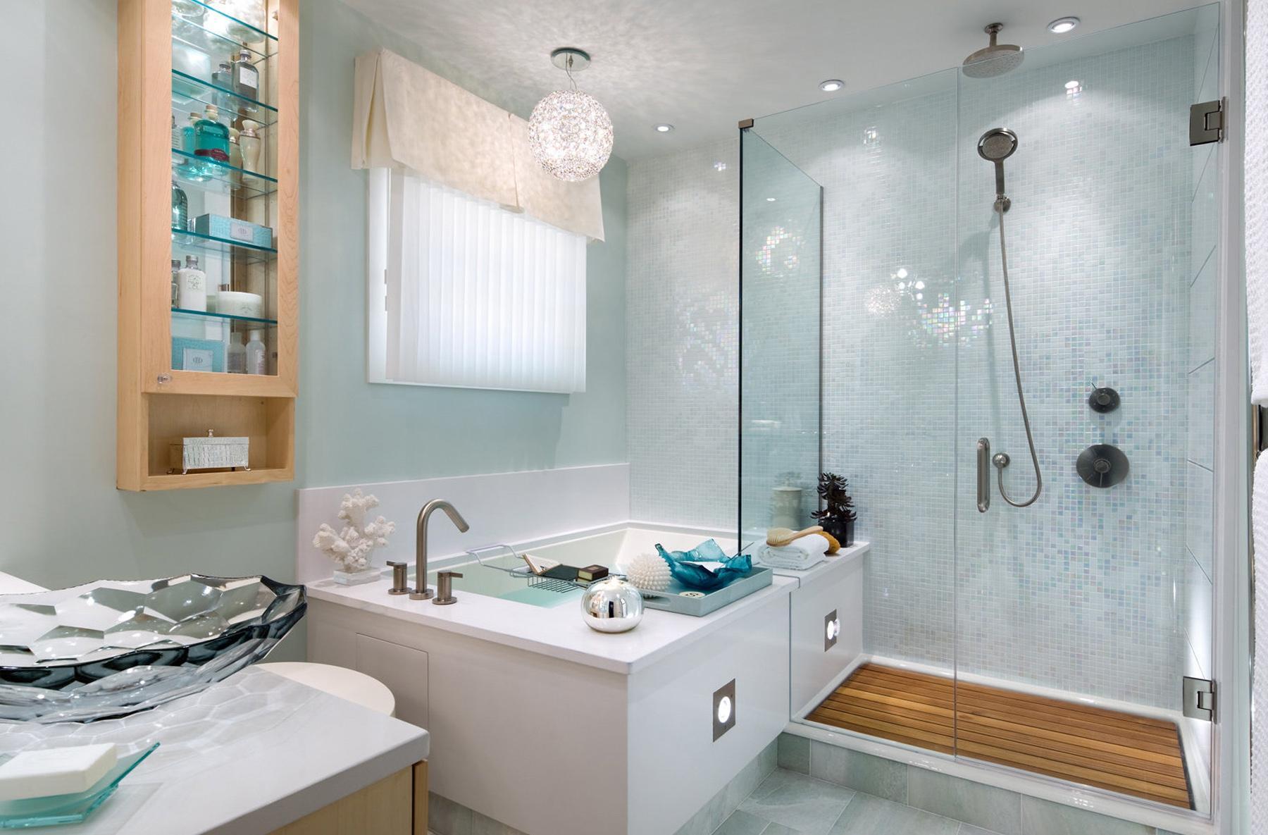 Мятно-белая ванная комната без унитаза