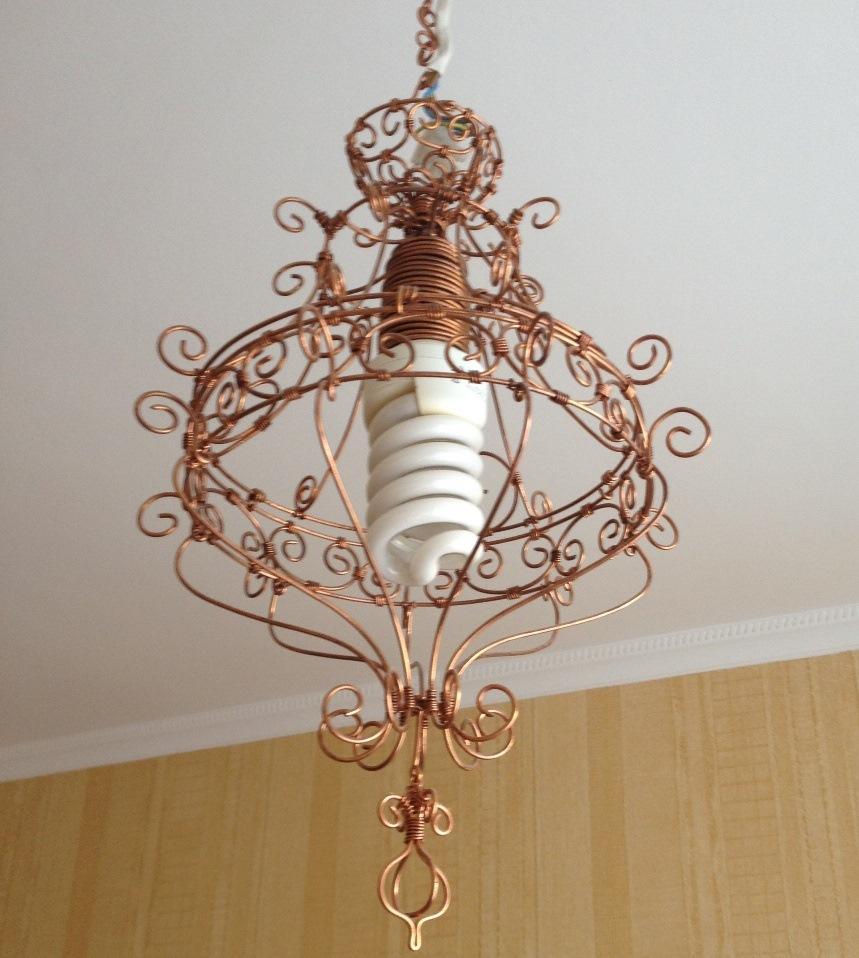 Декор люстры проволокой