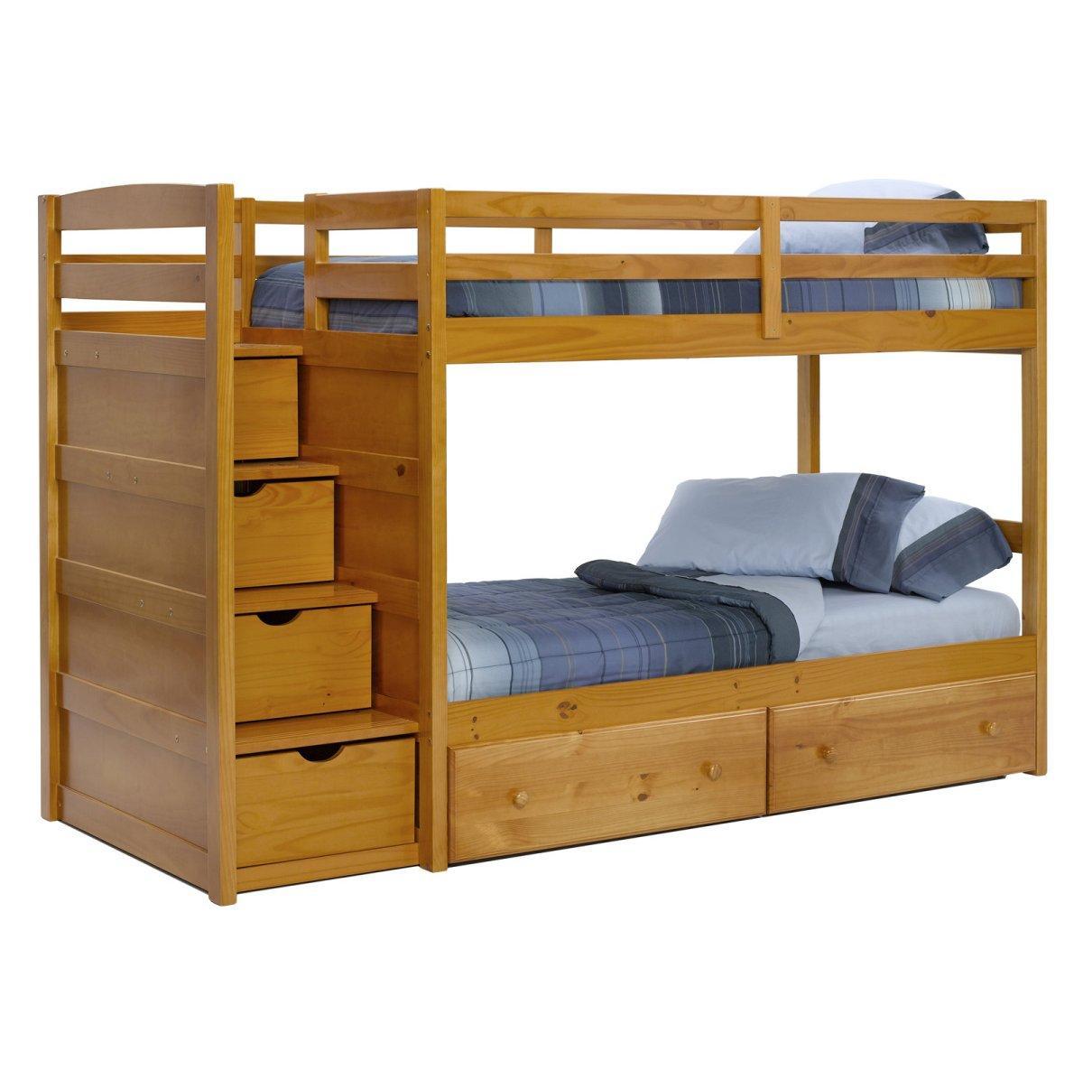 Деревянная двухъярусная кровать для детской комнаты