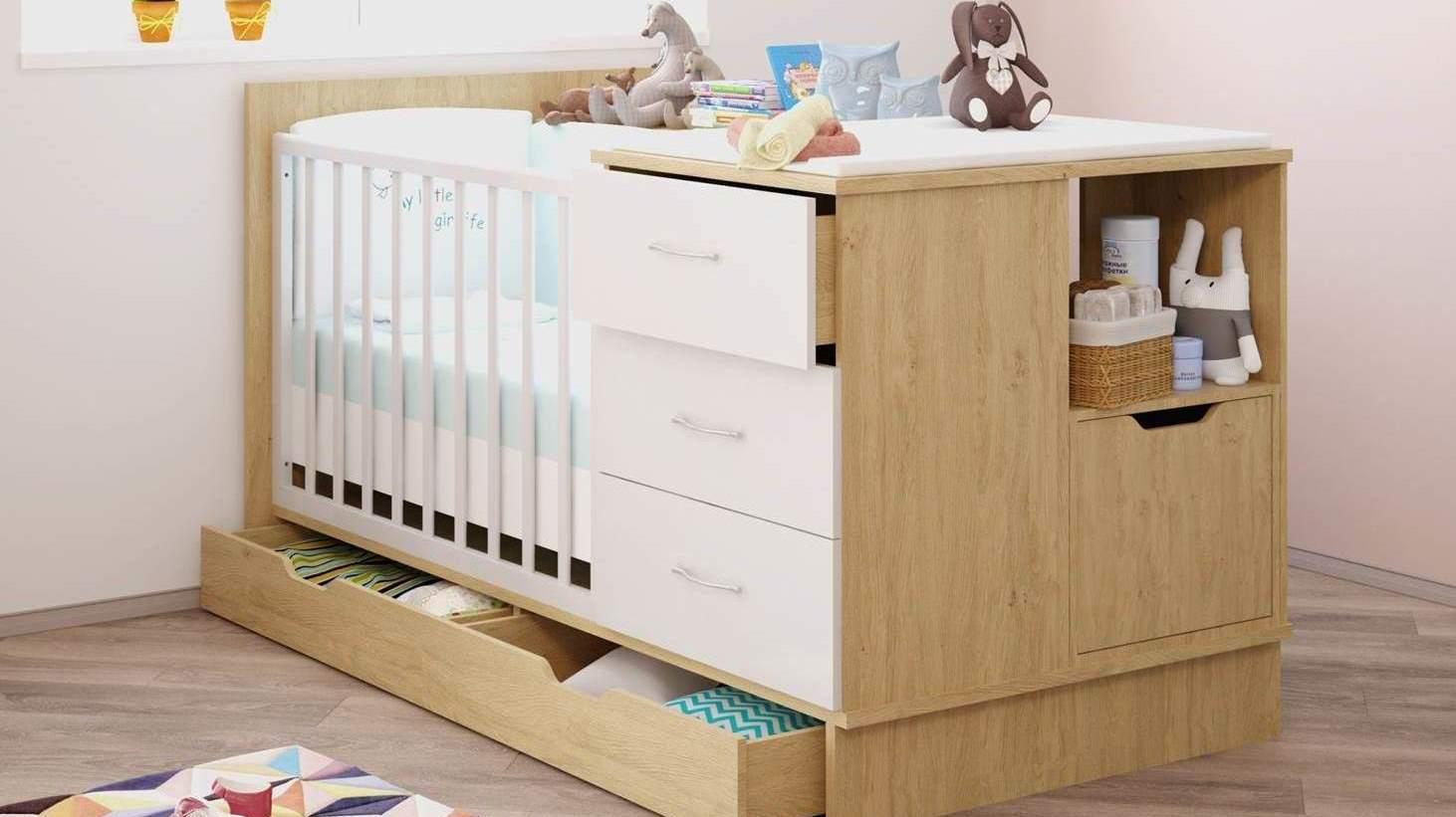 Детская кровать-трансформер из массива