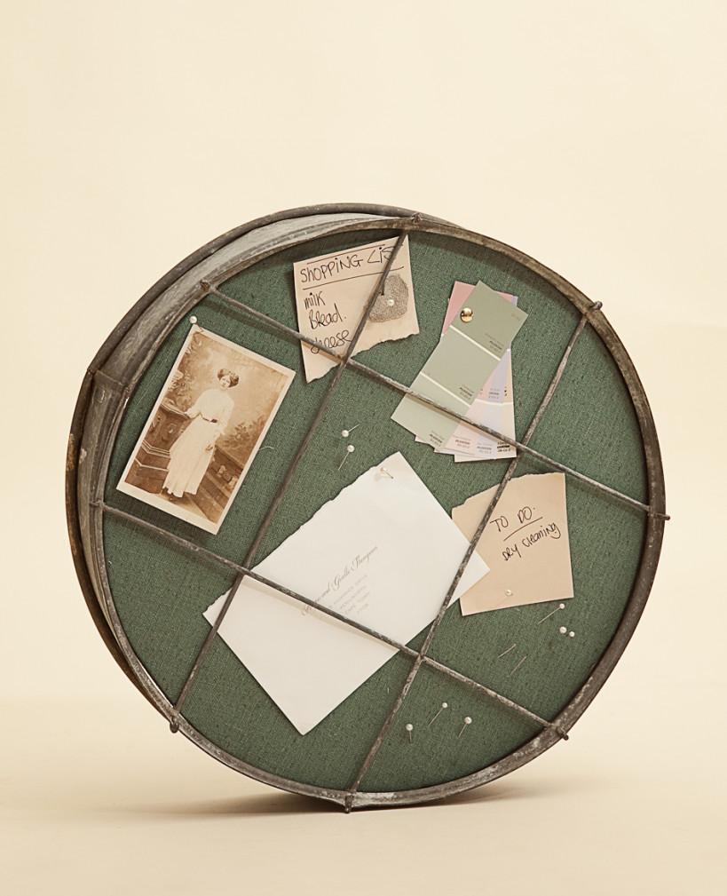 Доска для заметок из старого сито