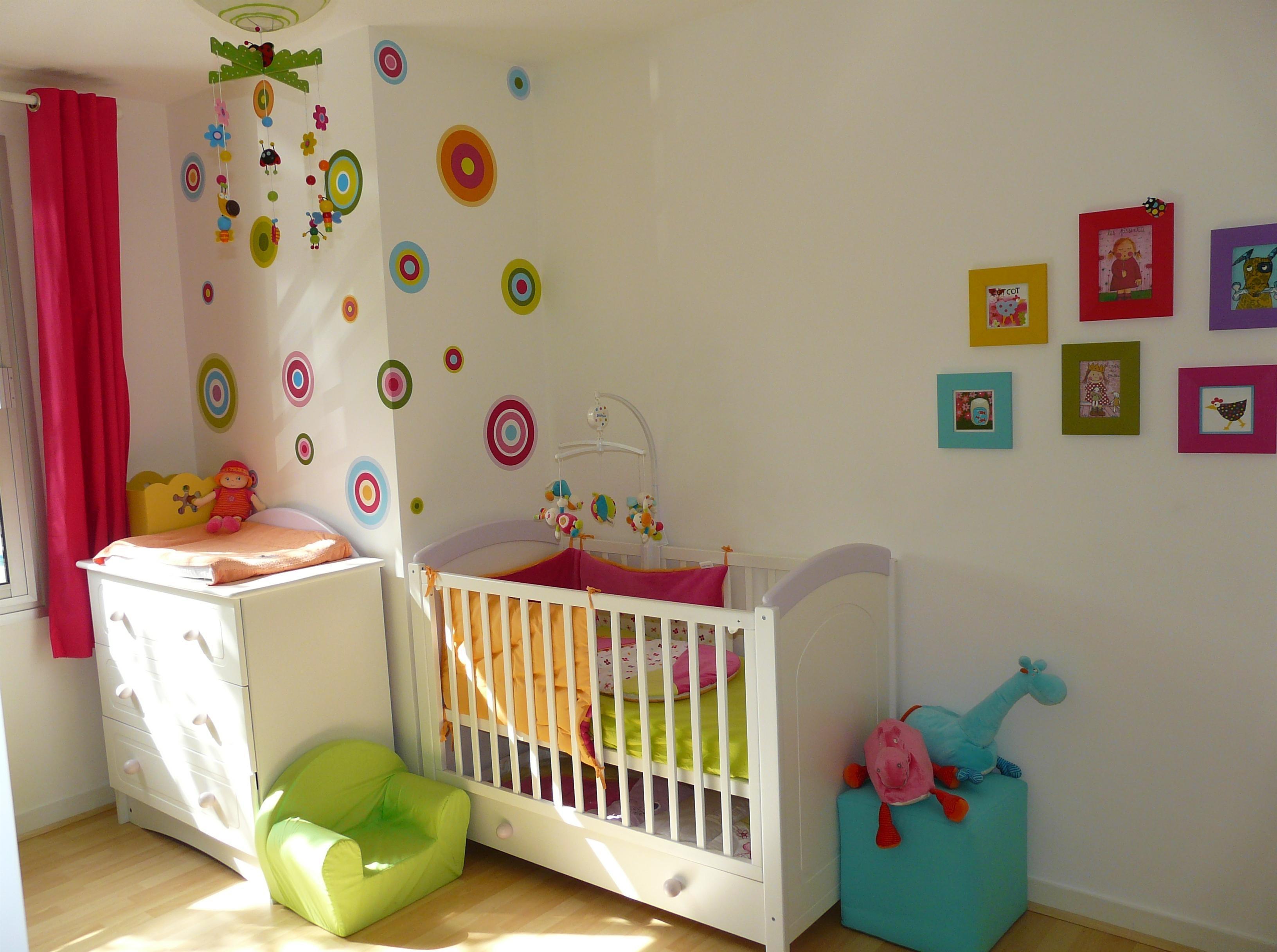 Эконом дизайн детской комнаты для малыша