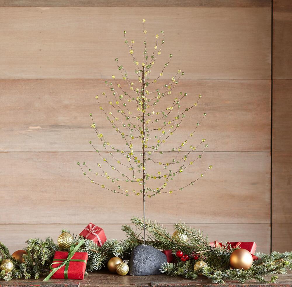 Новогодняя елка из проволоки