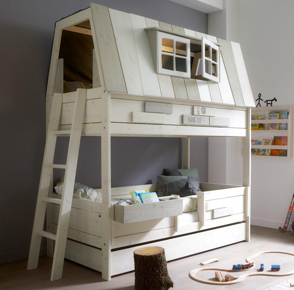 Двухъярусная детская кровать оригинальная