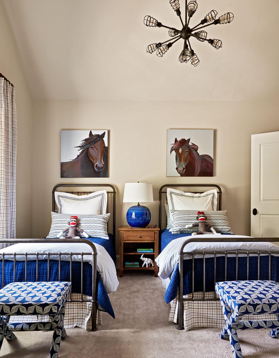 Дизайн детской комнаты для двух мальчиков синий