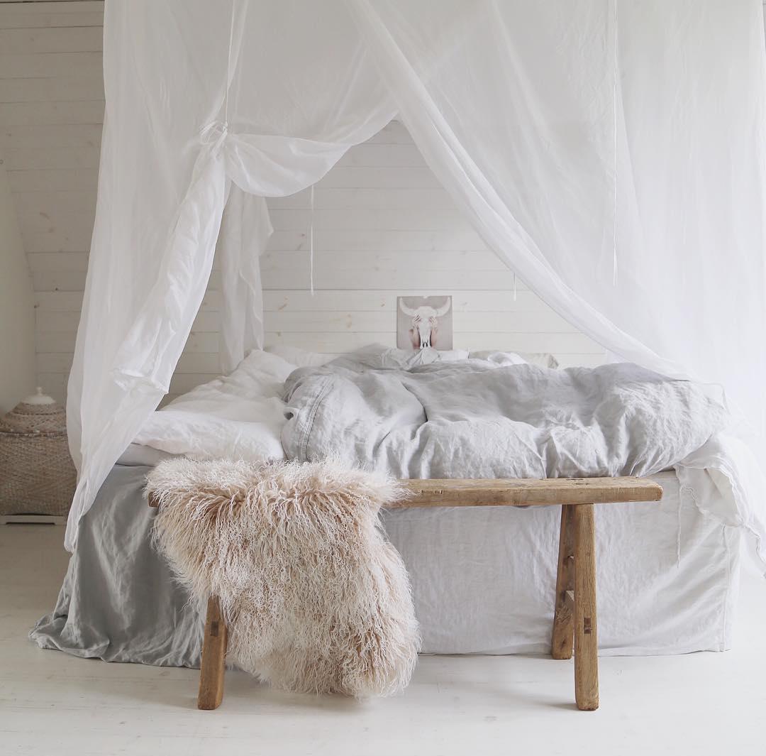 Балдахин над кроватью в стиле эко