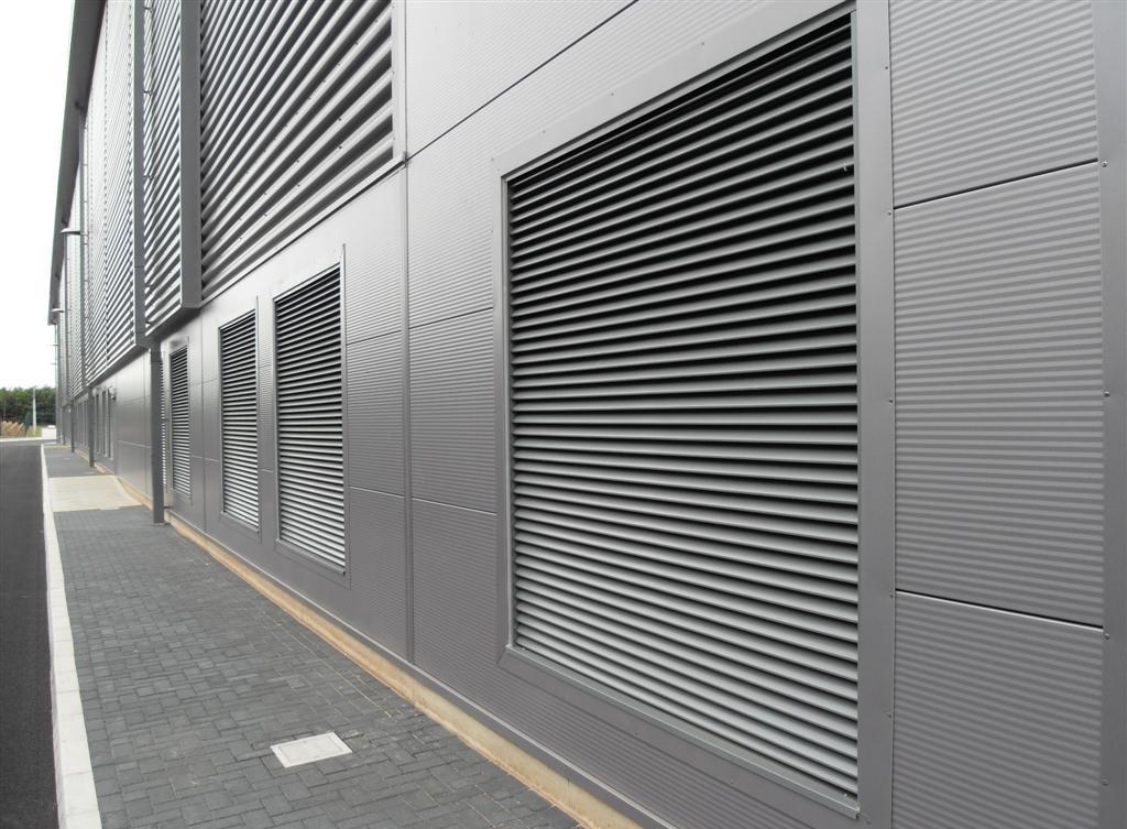 Вентиляционная решетка фасадная