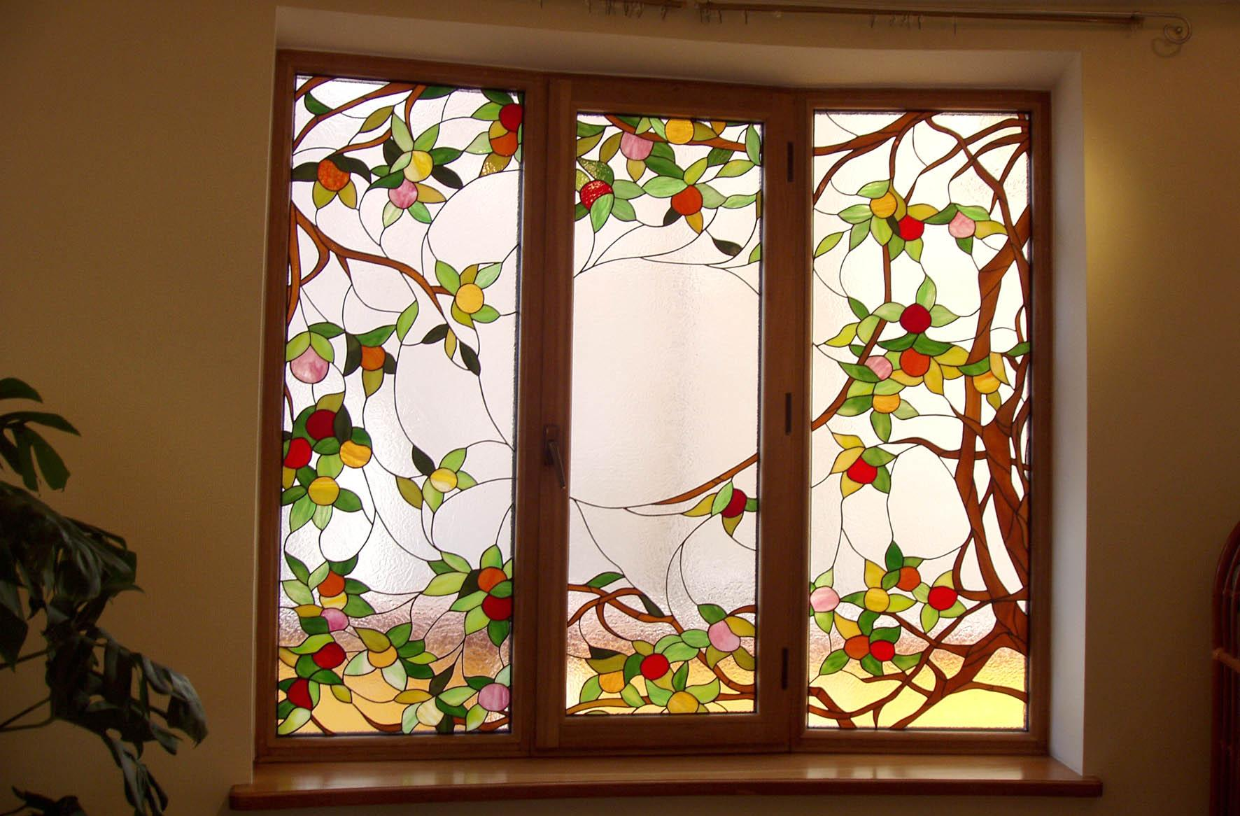 Витражная пленка на окно
