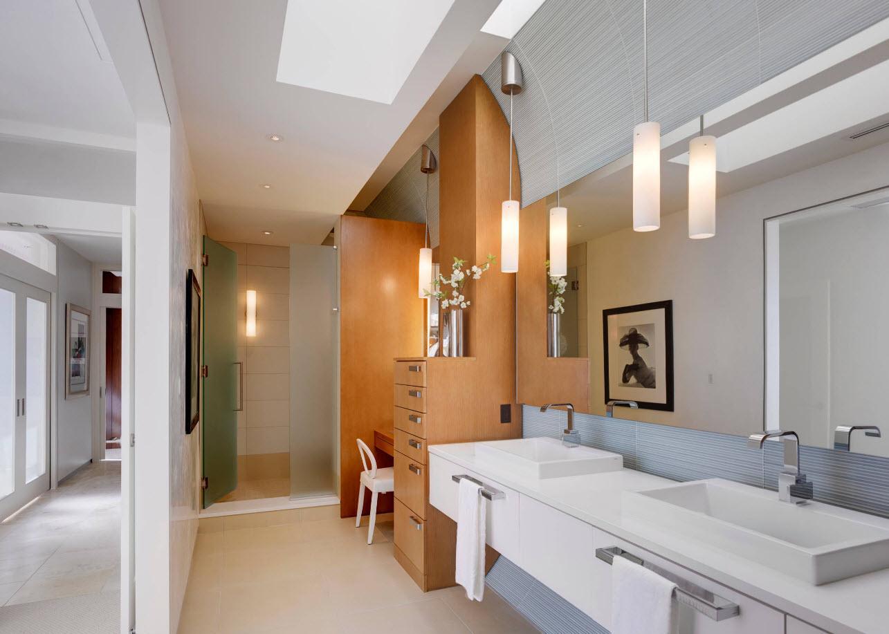 Ванная без унитаза с туалетным столиком