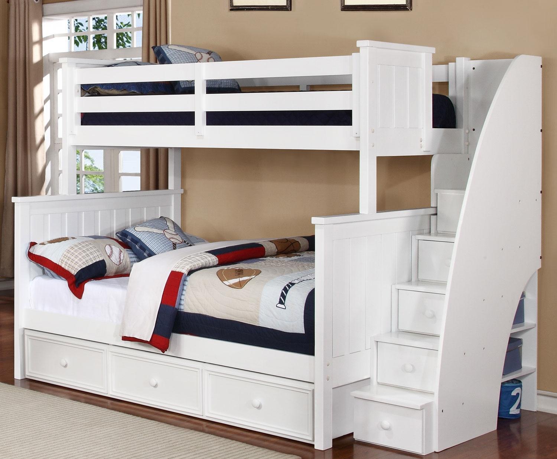 Двухъярусная детская кровать для мальчиков