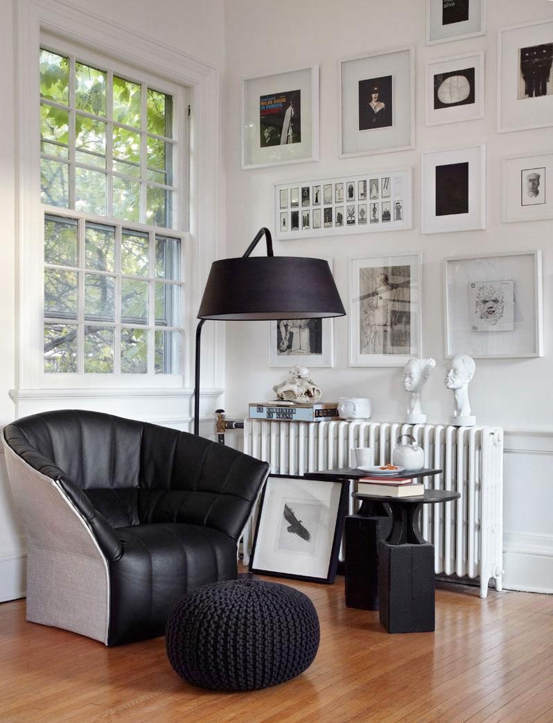 Черно-белая гостиная в скандинавском стиле