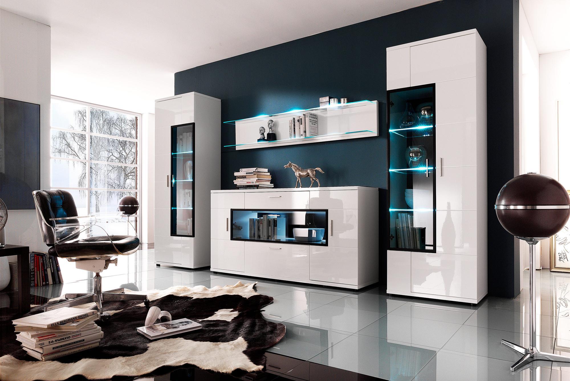 Черно-белая гостиная в стиле хай-тек