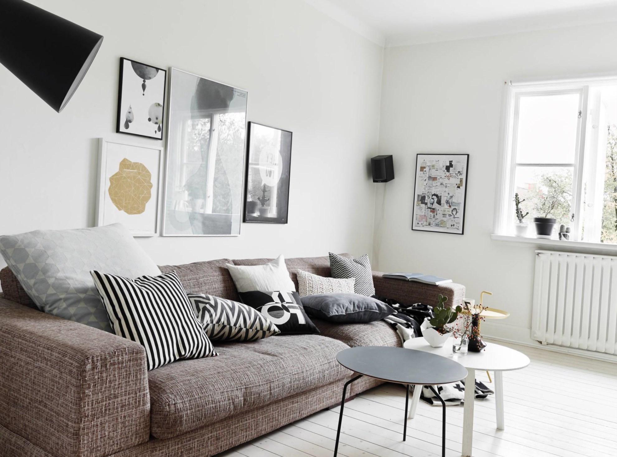 Черно-белый декор гостиной в скандинавском стиле