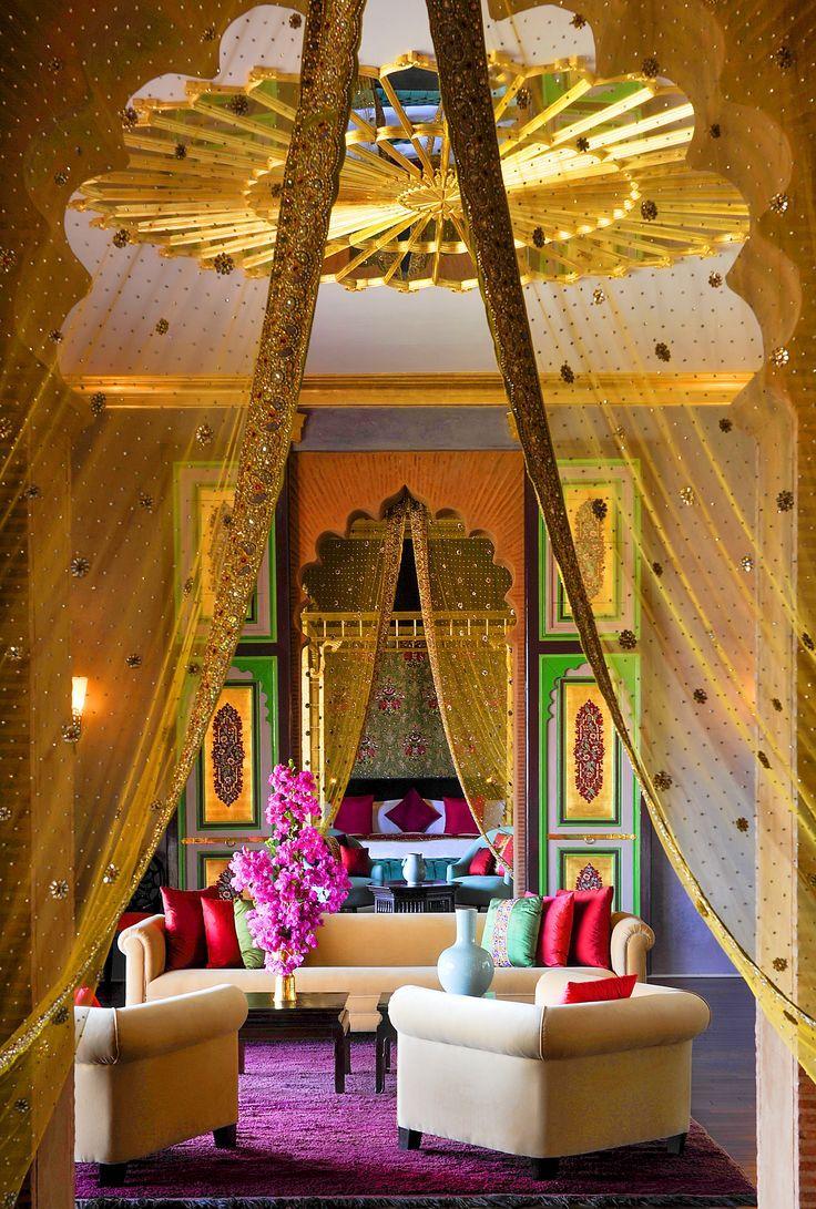 Восточный стиль в интерьере со шторами