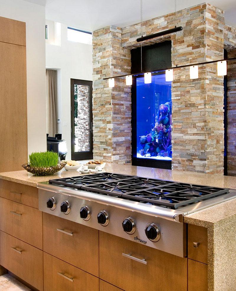 Декор для аквариума на кухне