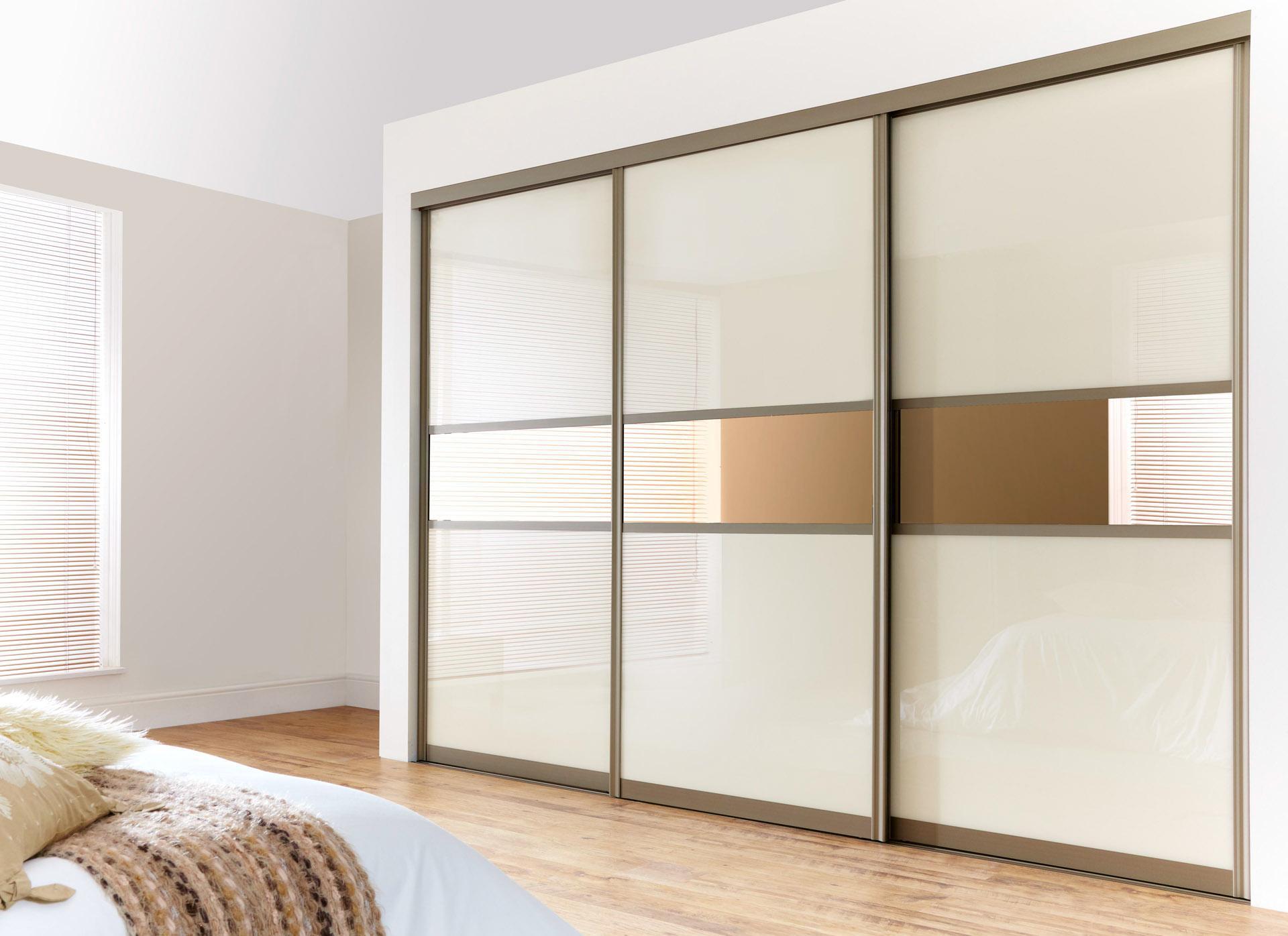 Алюминиевый встроенный шкаф купе