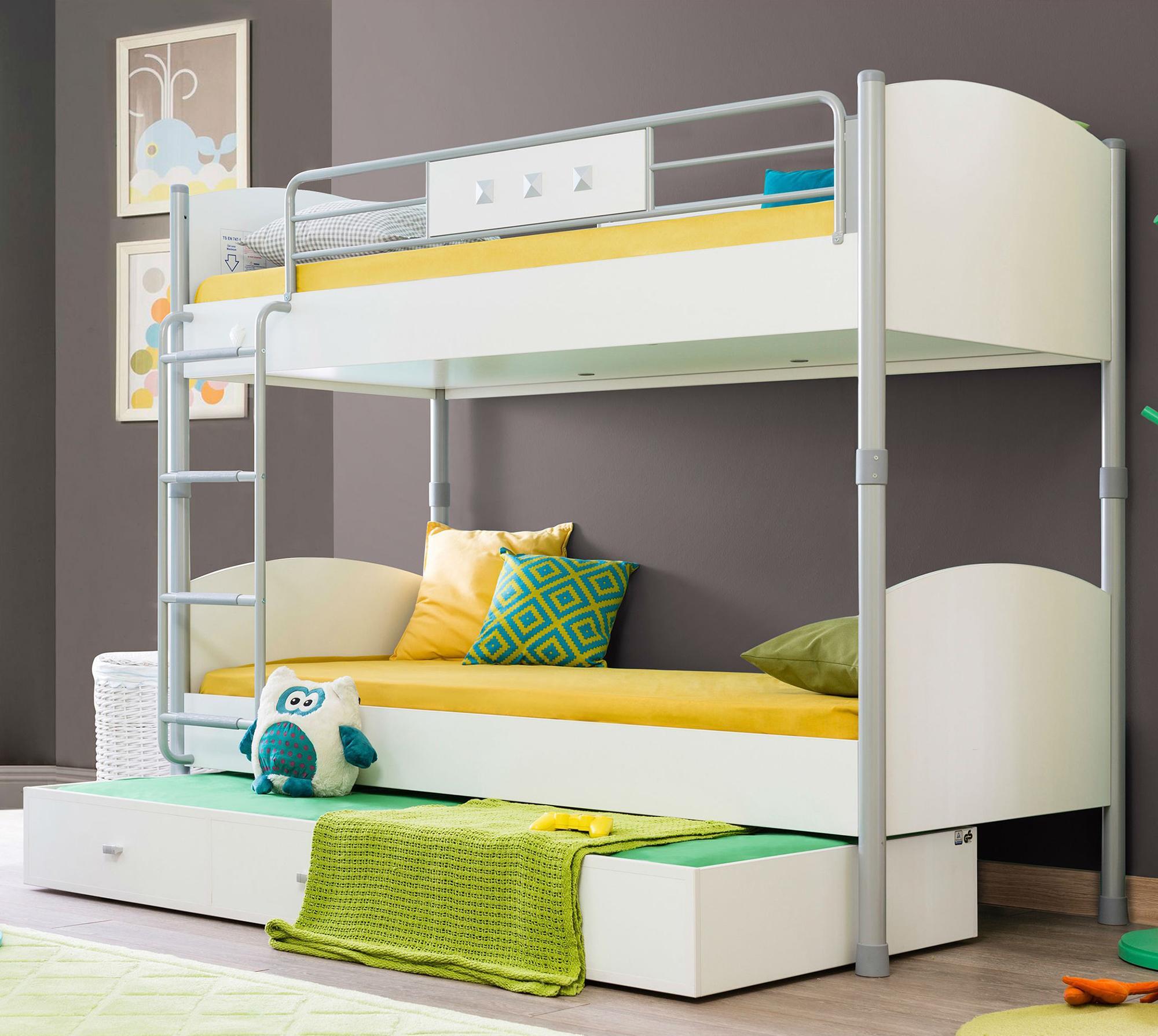 Стильная белая двухъярусная кровать в детскую