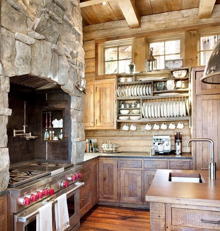 Кухня с отделкой камнем и деревом в стиле рустик