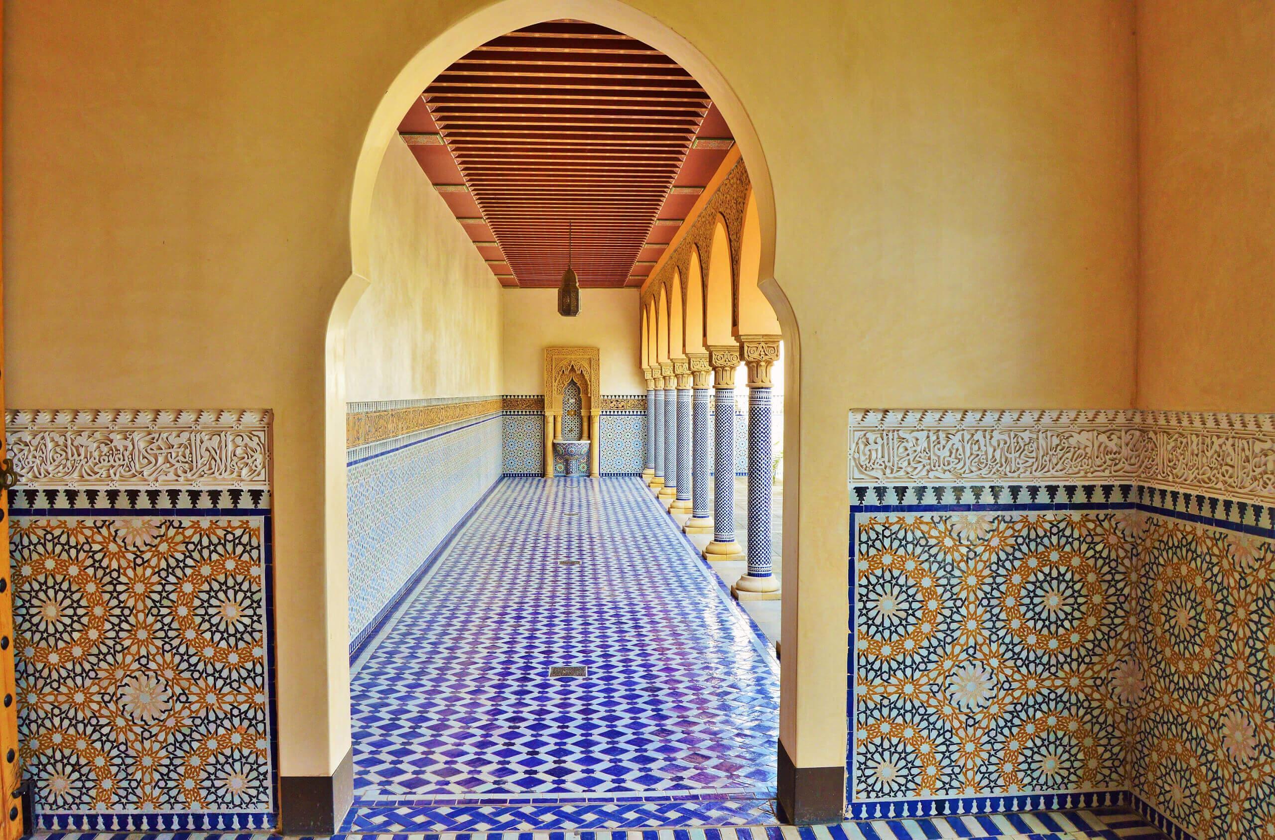 Восточный стиль в интерьере с мозаикой