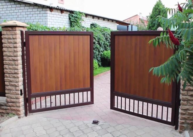 Ворота для частного дома