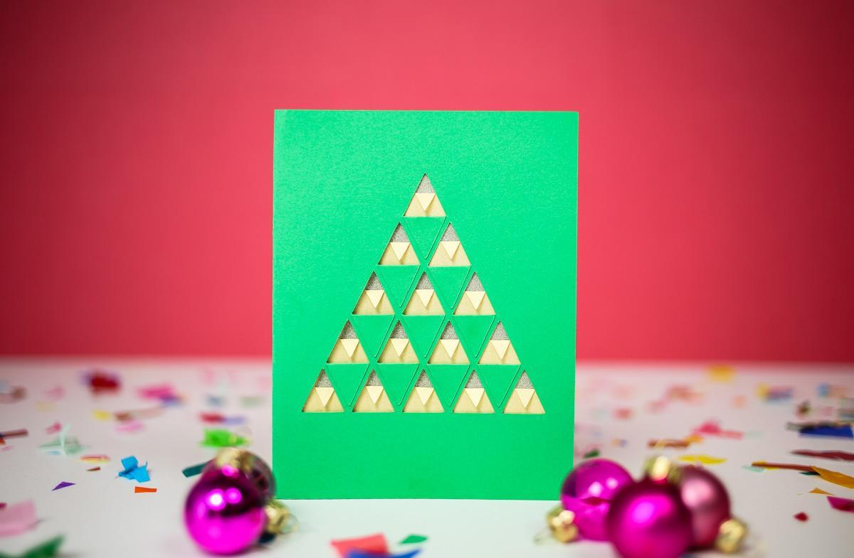 Новогодняя открытка киригами