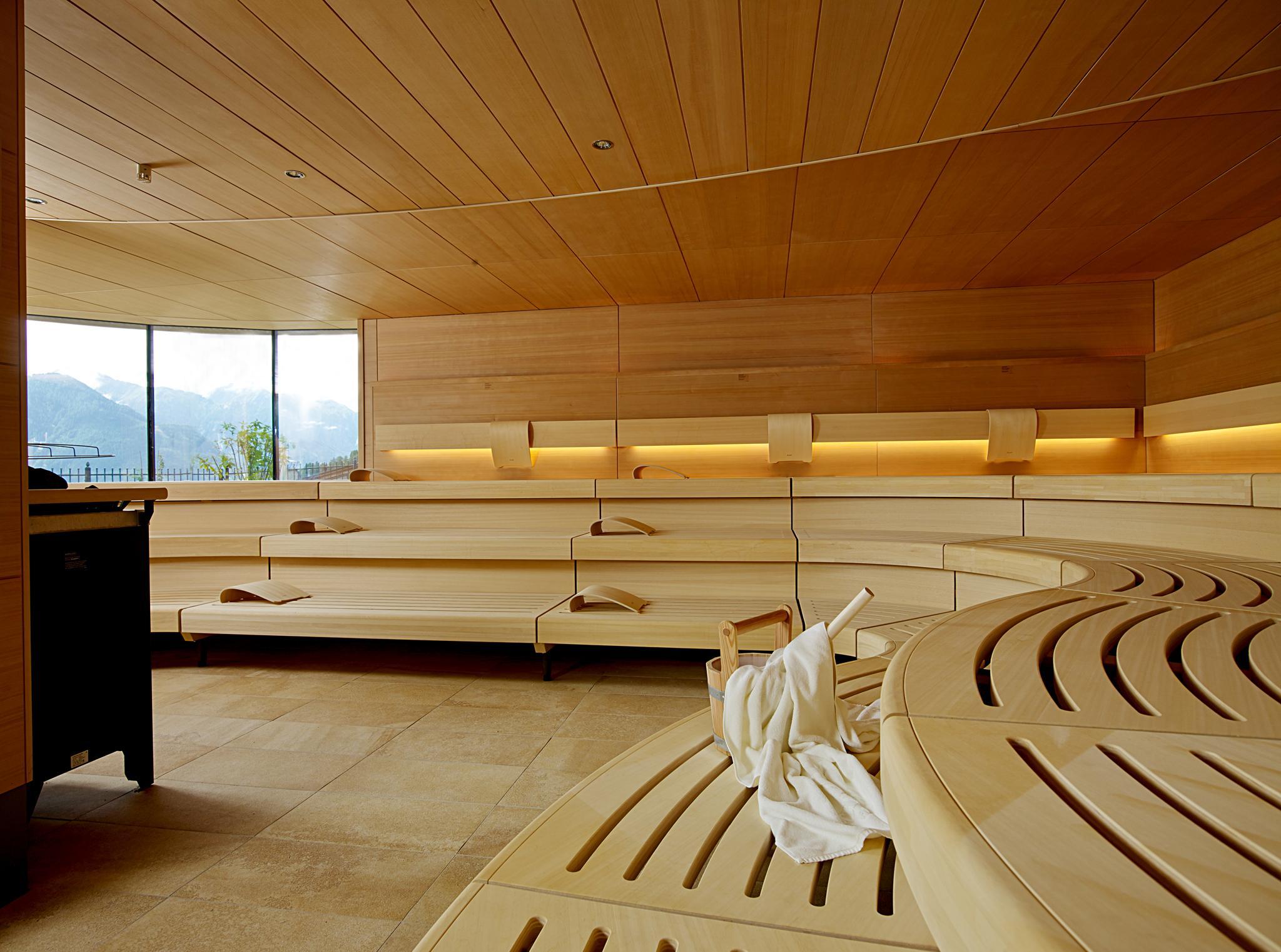 Интерьер бани в стиле модерн