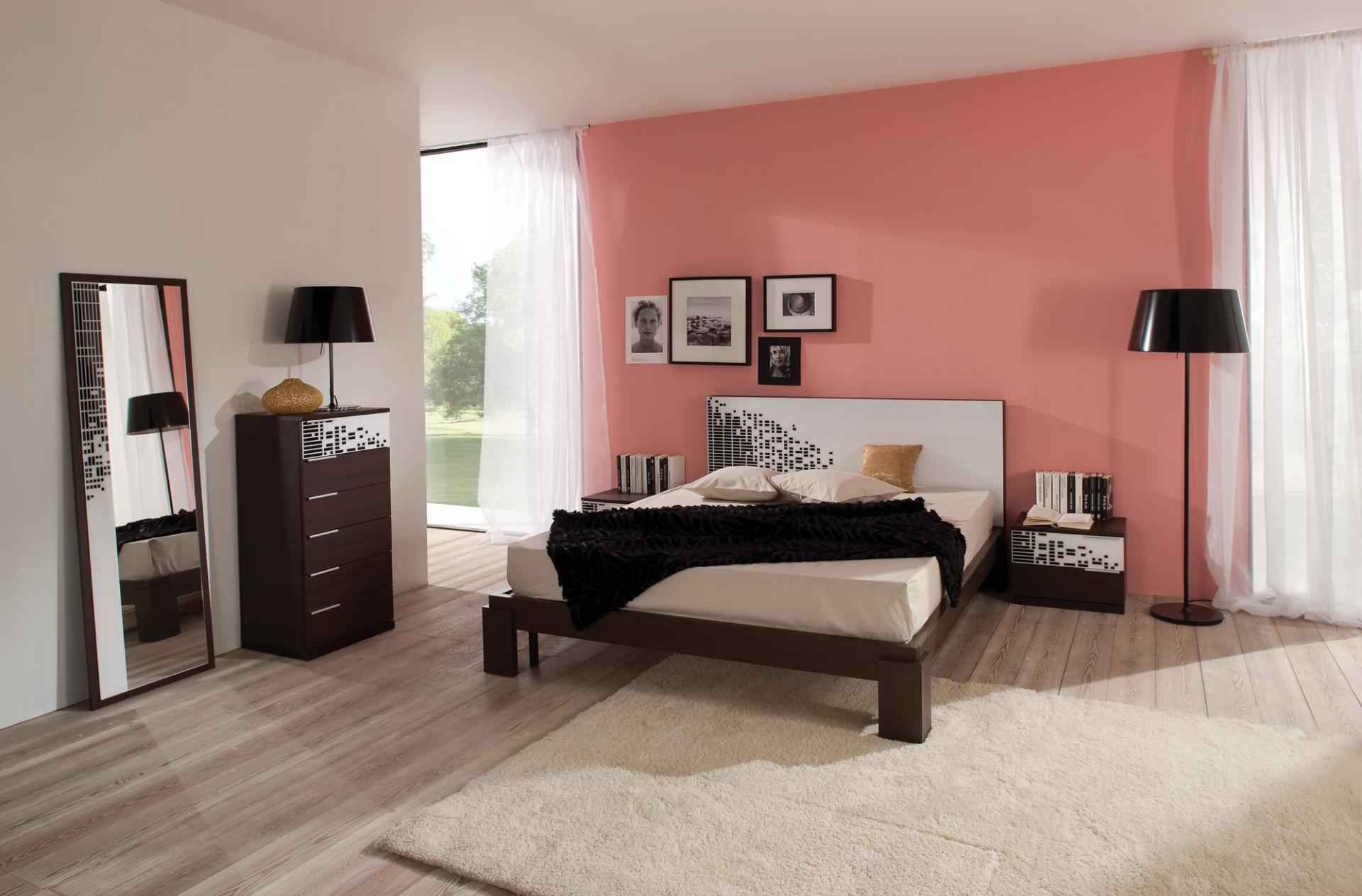 Удачное расположение кровати в спальне
