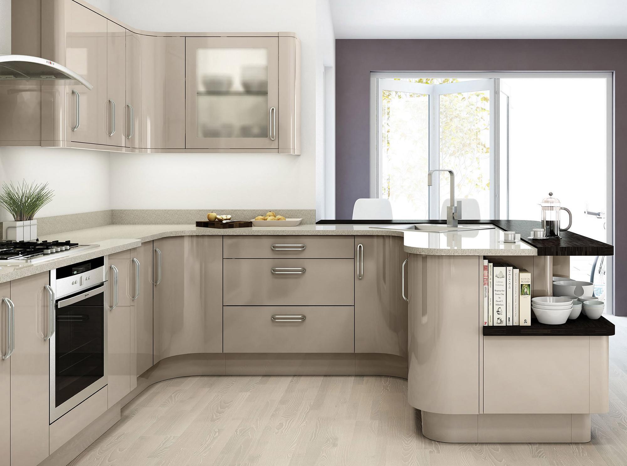 Серые и белые флизелиновые обои на кухне