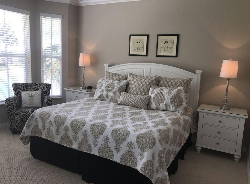Дизайн спальни 18 кв м в стиле неоклассики