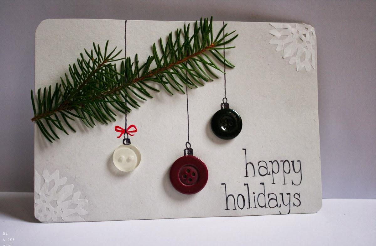 Новогодняя открытка с еловой веткой